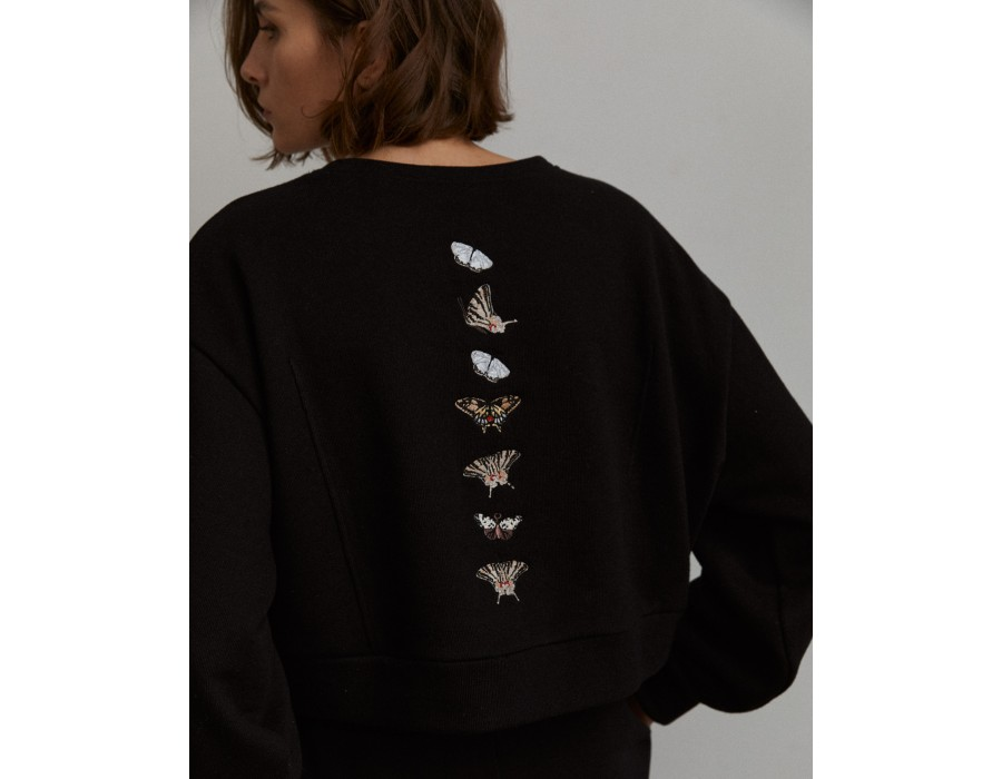 Black voluminous embroidered cropped sweatshirt