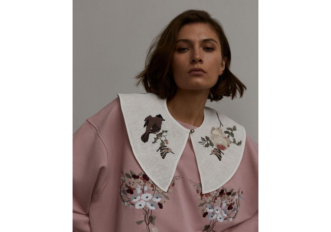 Milky-white embroidered linen Collar Bird