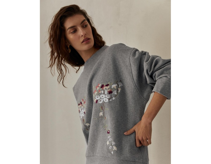 Gray embroidered sweatshirt garden violets (Out Of Stock)