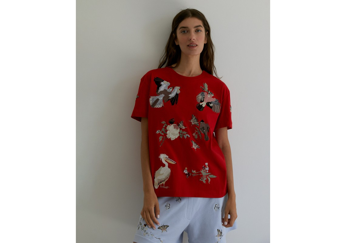 Embroidered oversized red t-shirt Birds of Ukraine