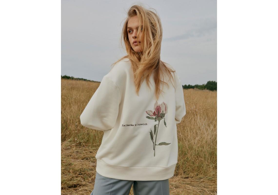 Embroidered sweatshirt Peony