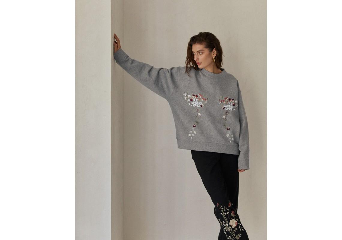 Gray embroidered sweatshirt garden violets