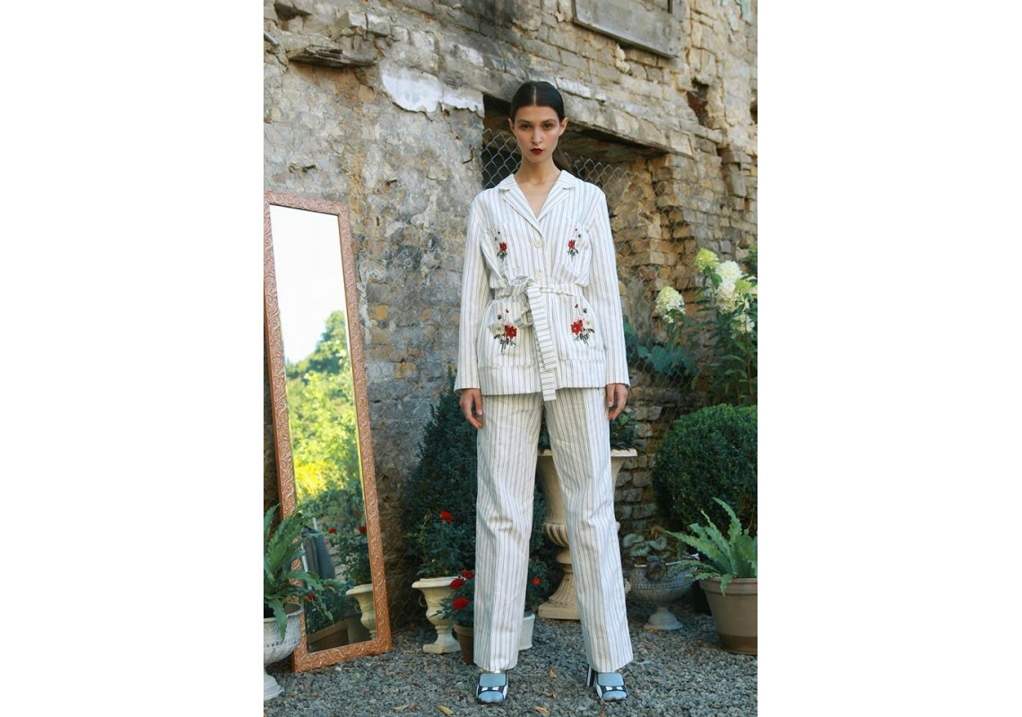Embroidered Linen Costume (Out Of Stock)